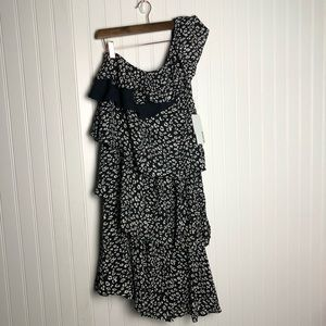 Just Fab One Shoulder Ruffle Spotted Dress Black